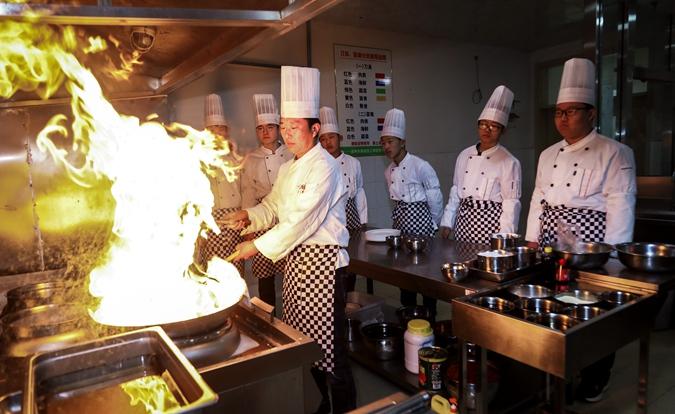 烹饪专业师生实训